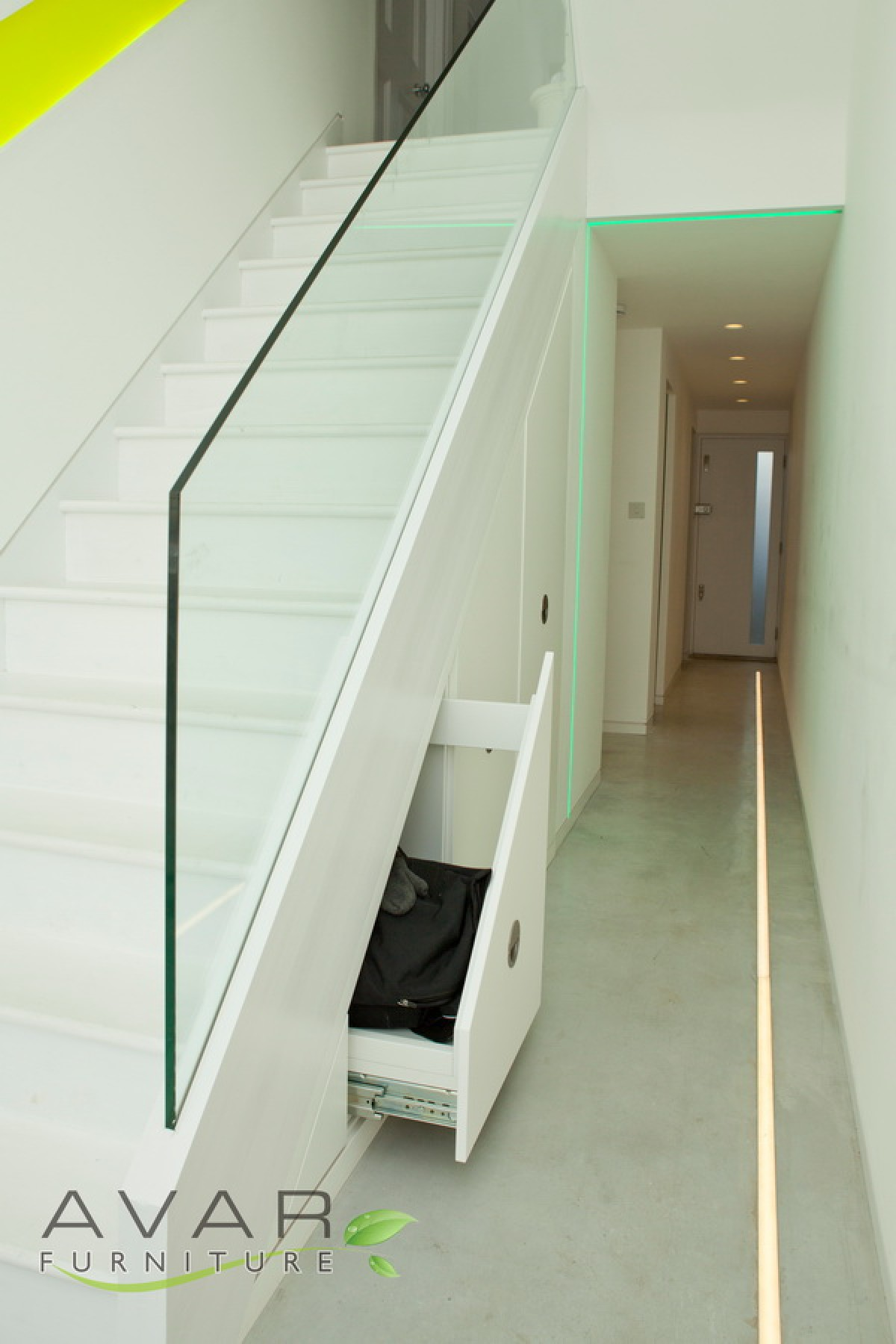 ƸӜƷ Under Stairs Storage Ideas Gallery 6 North London