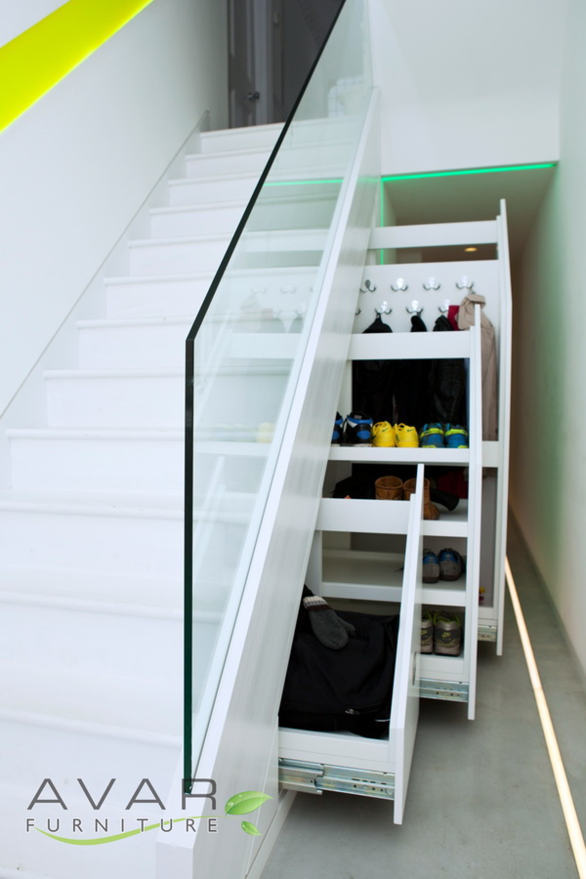 Under stairs storage ideas gallery 6 north london for Understairs storage