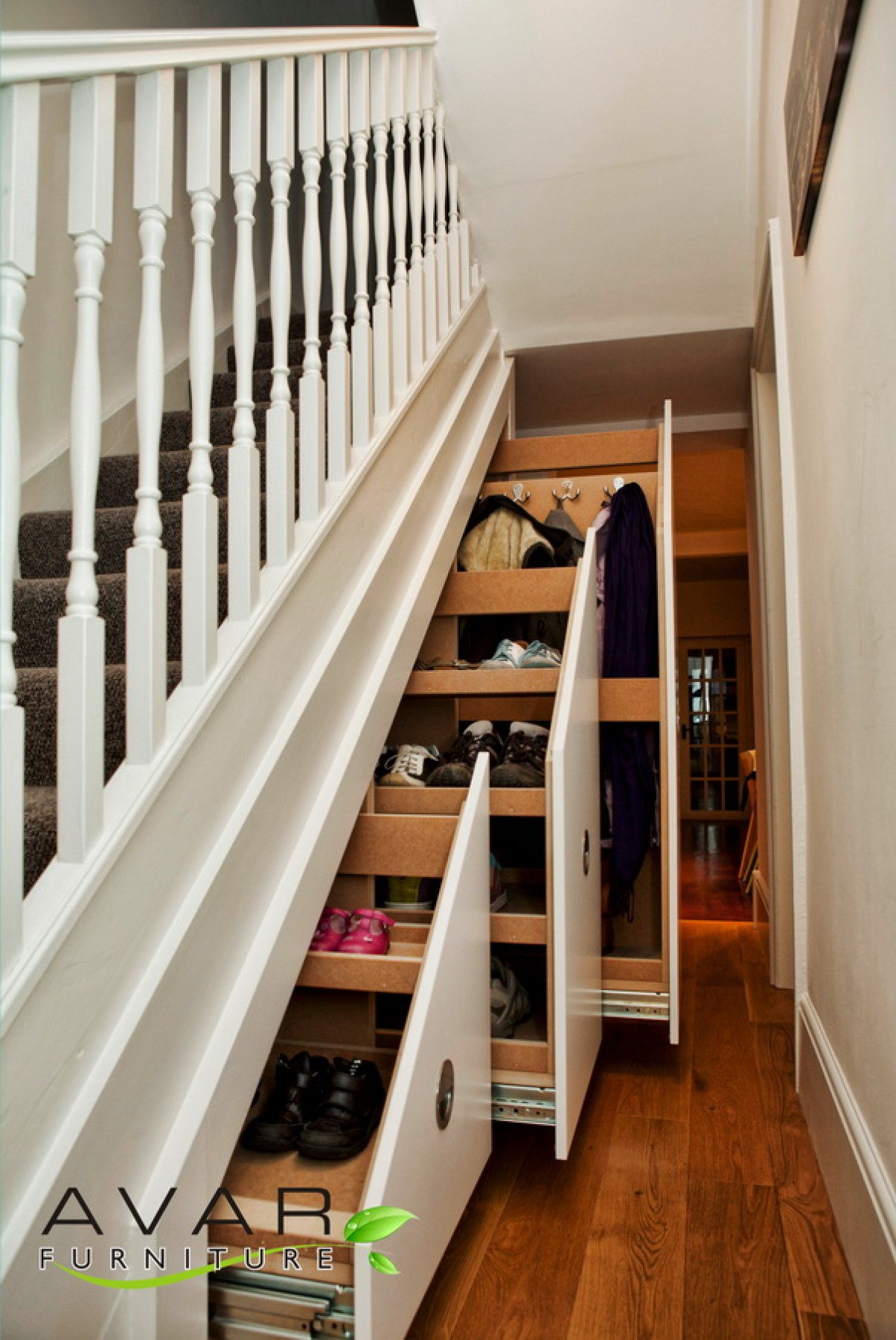 Under stairs storage ideas gallery 10 north london for Understairs storage
