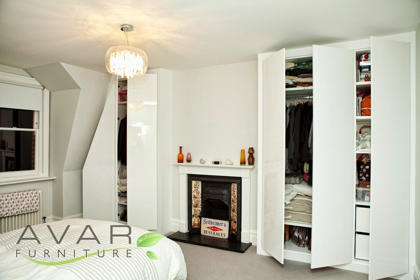 Fitted wardrobe ideas gallery 3 north london uk for Fitted bedroom ideas for small rooms