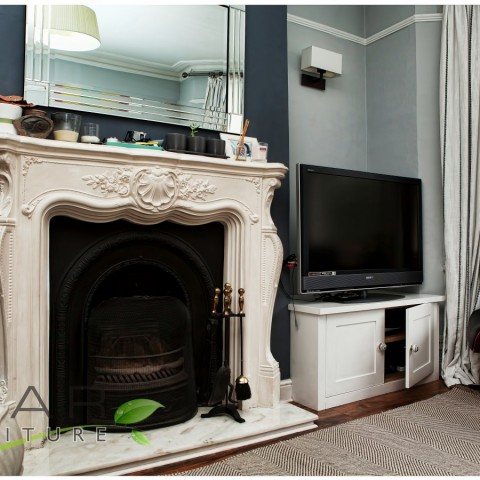 02 fitted tv units, Traditional Style