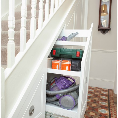 04 under stair cupboard storage
