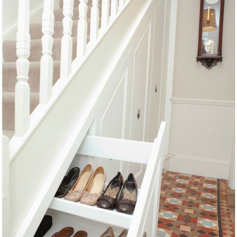 05 Pull out drawers under the stairs