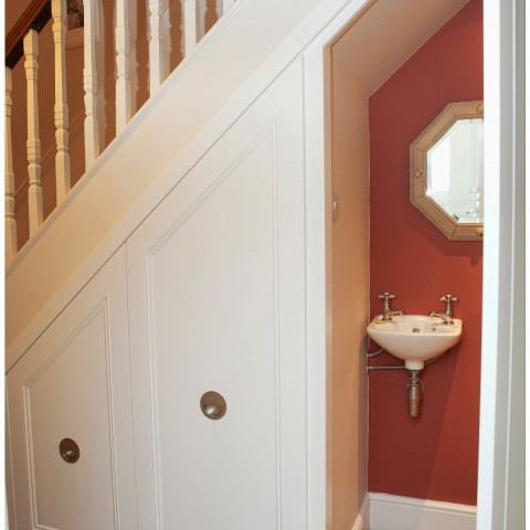 07 Traditional style under stairs unit