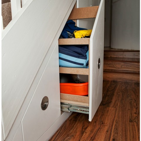 03 drawers that opens fully under your stairs