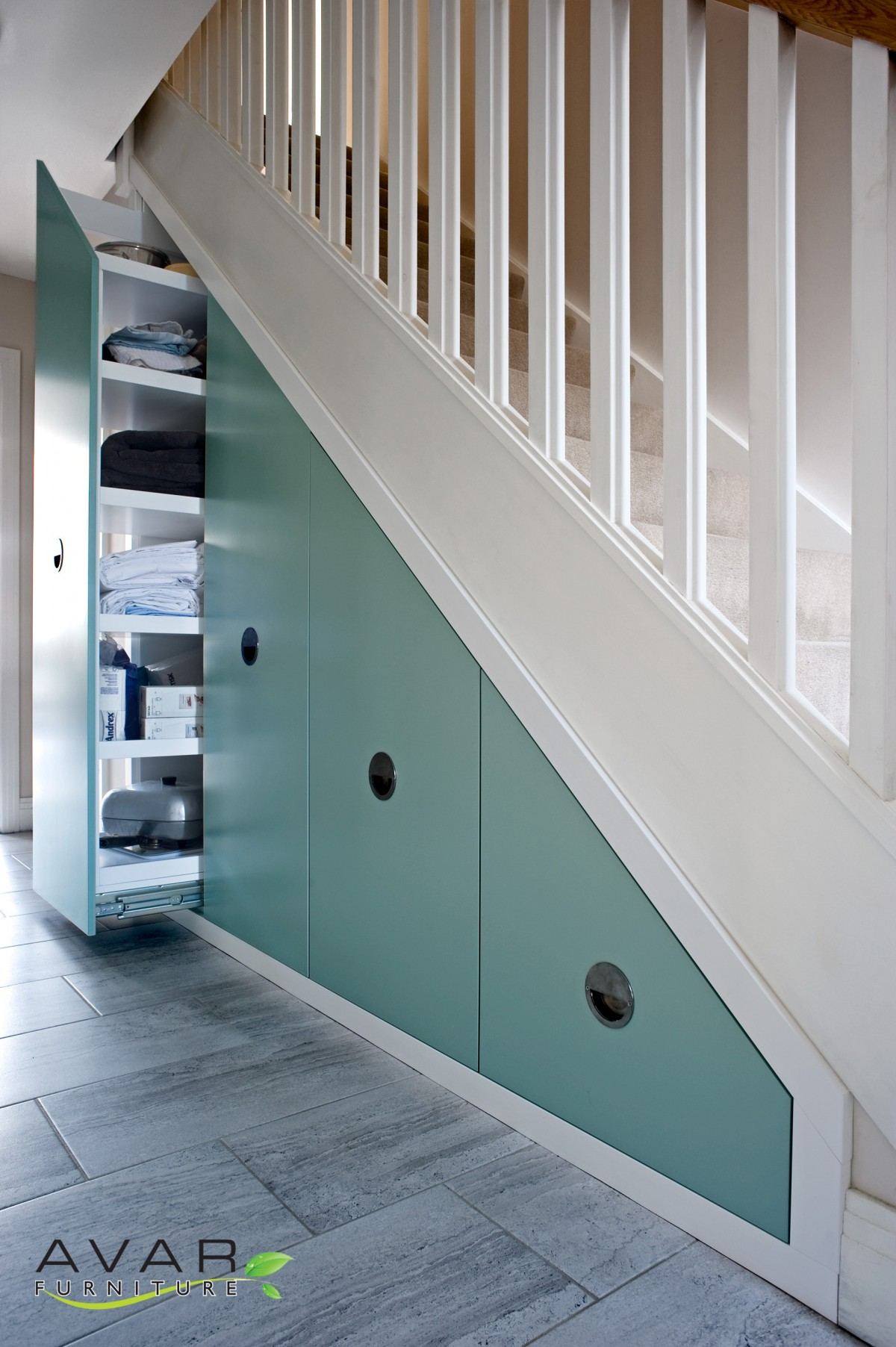 Under stairs storage ideas gallery 19 north london for Under stairs storage