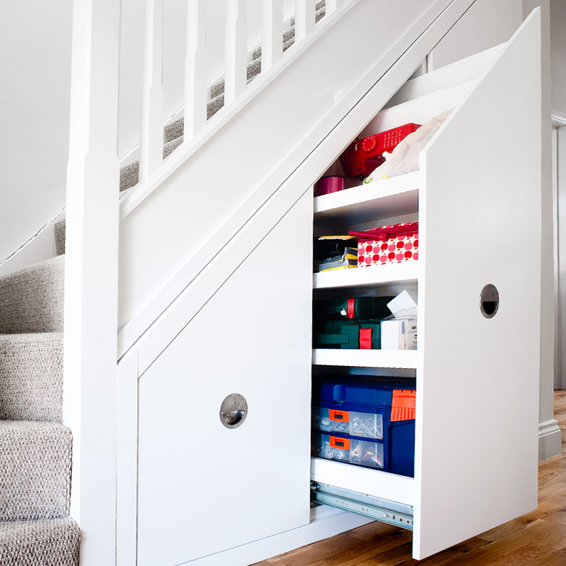 Under stairs storage north london uk avar furniture - Rangement sous escalier ...